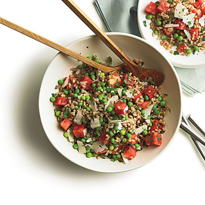 1108p86-summer-pea-watermlon-farro-salad-l