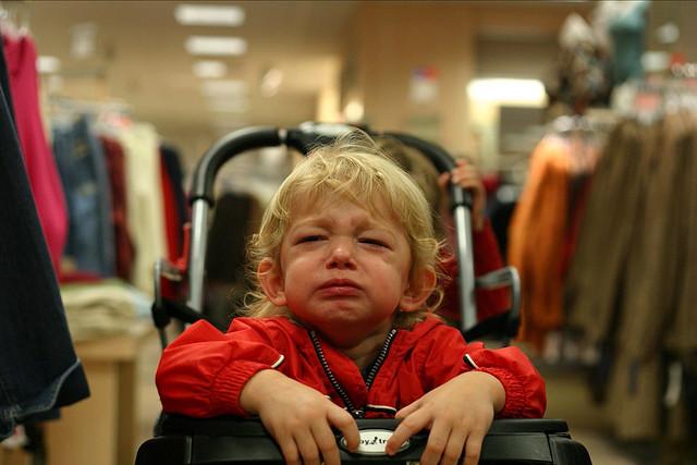 Как пойти в супермаркет с ребёнком и не совершать импульсивных покупок, поддавшись на его уговоры