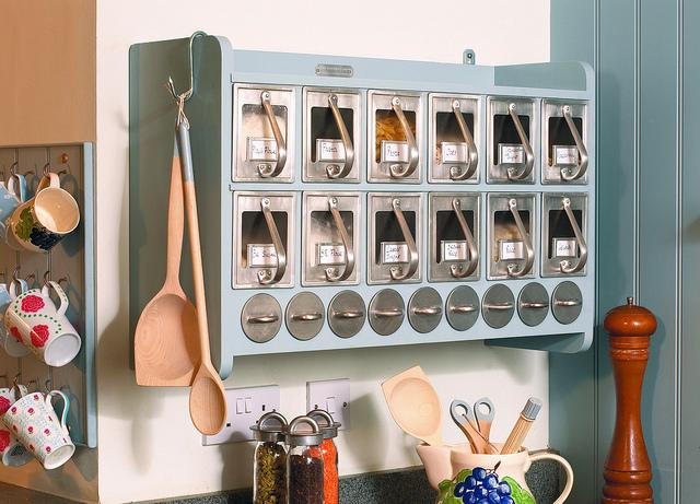 Советы по хранению <b>продуктов</b>: что убрать в холодильник, а что ...