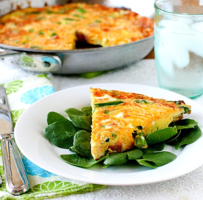 Фриттата (итальянский омлет) с ветчиной и сыром