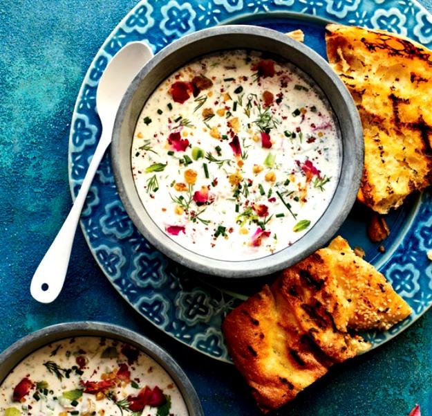 Охлаждённый иранский йогуртовый суп