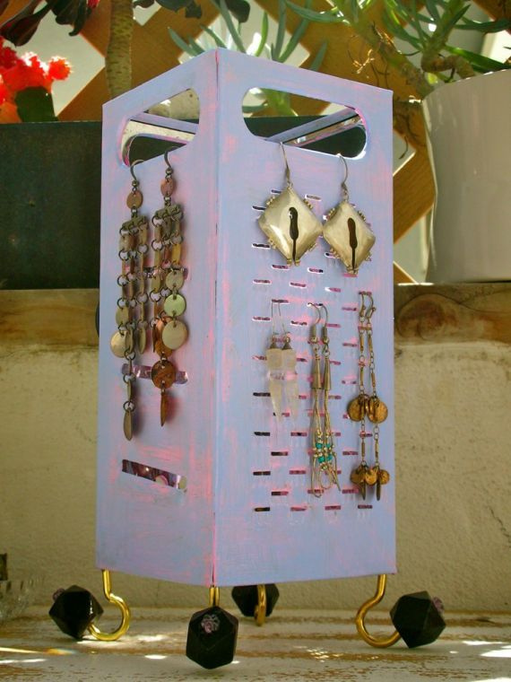 how to organize earrings